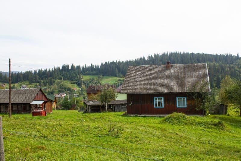 Kniaź dom w Carpathians fotografia royalty free