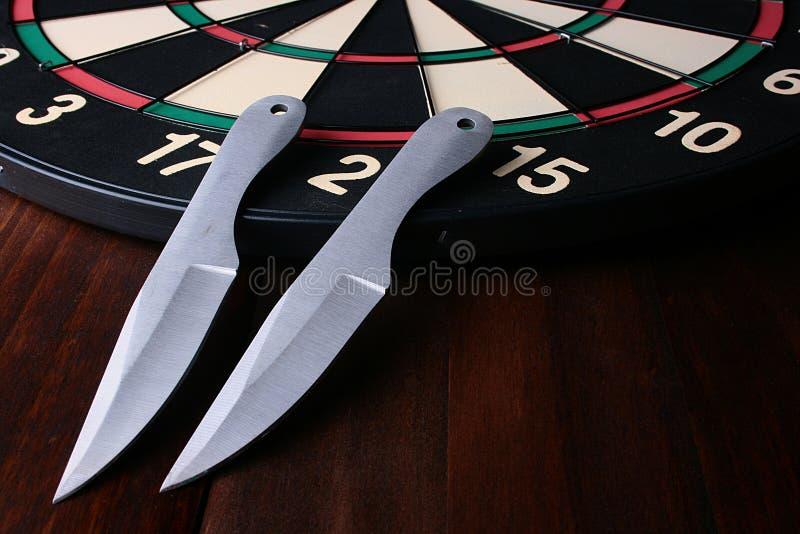 Knifes für ein Werfen lizenzfreie stockfotografie
