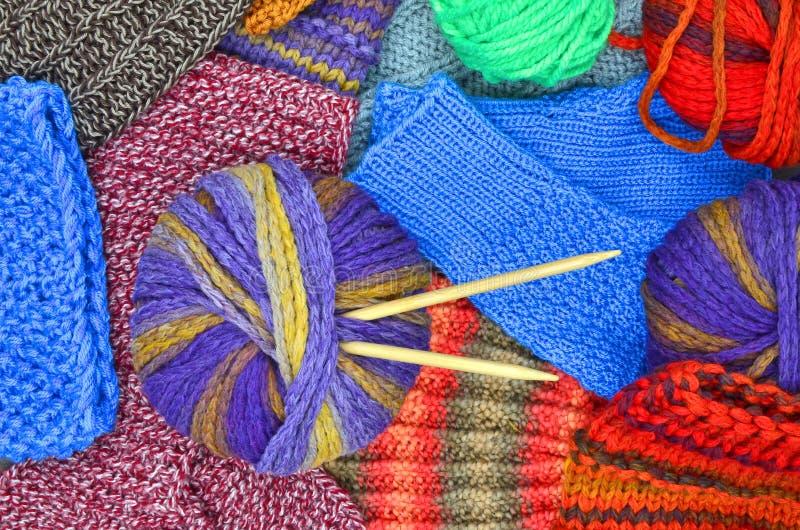 Knit und Wolle lizenzfreies stockfoto