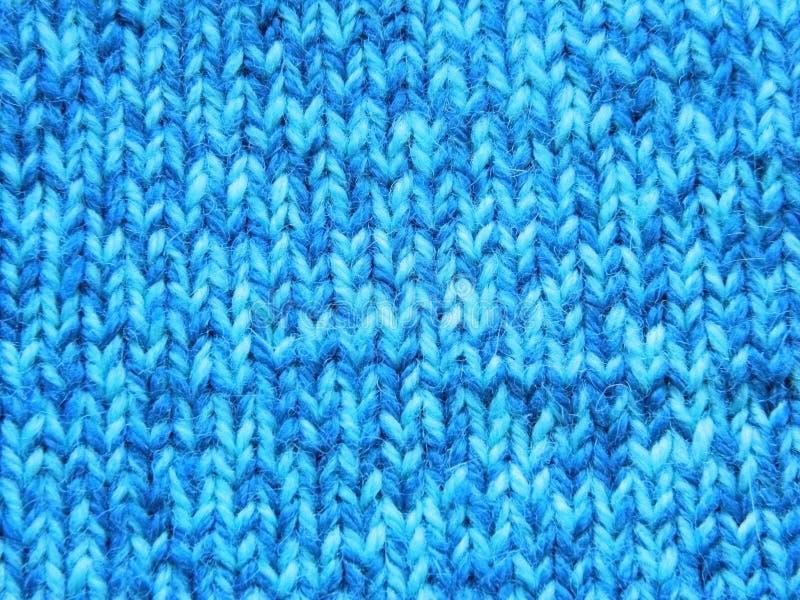 Knitted que faz malha com agulhas de confecção de malhas Superfície do Facial fotos de stock