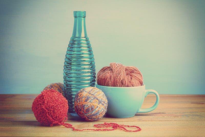 Download Knitting foto de archivo. Imagen de tarjeta, mittens - 64208494