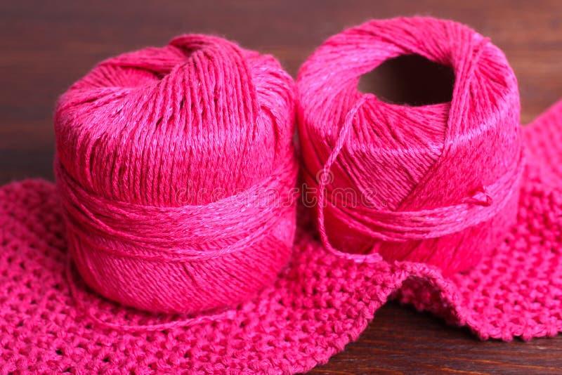 Download Knitting imagen de archivo. Imagen de fibra, obra, clew - 64208531