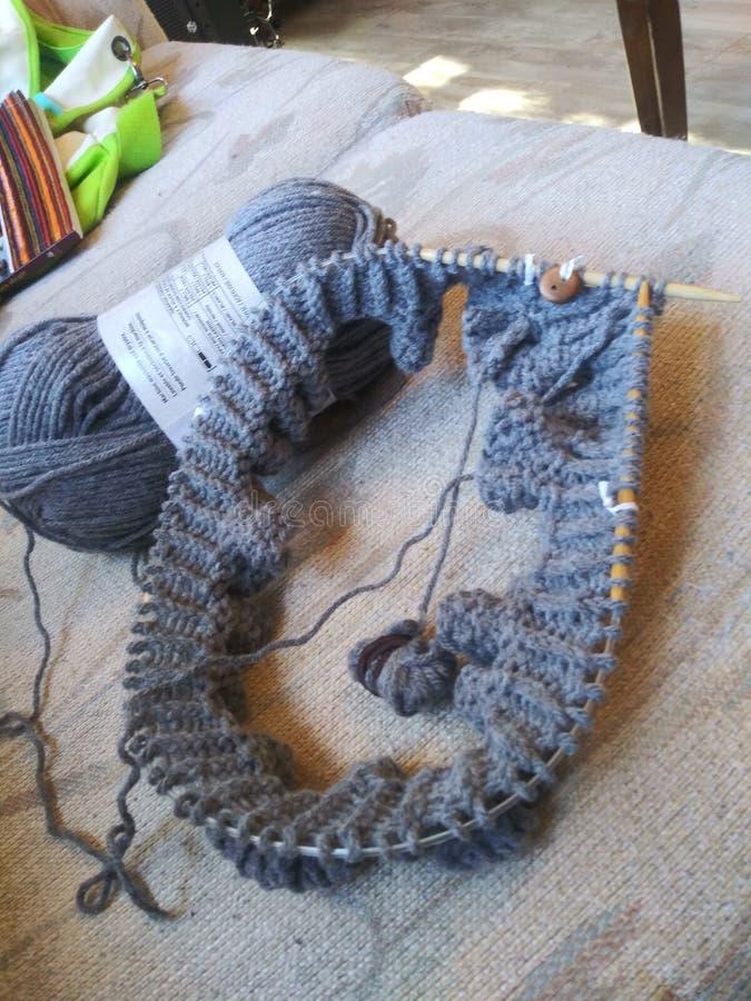 Knitting in de ronde stock afbeelding