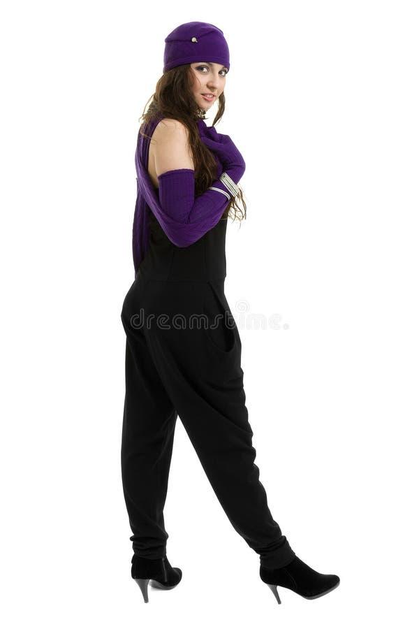 knitwear детеныши женщины зимы крышки нося стоковые фотографии rf