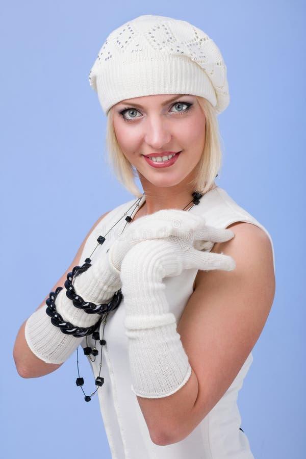 knitwear för vinterkvinna för lock slitage barn royaltyfri bild