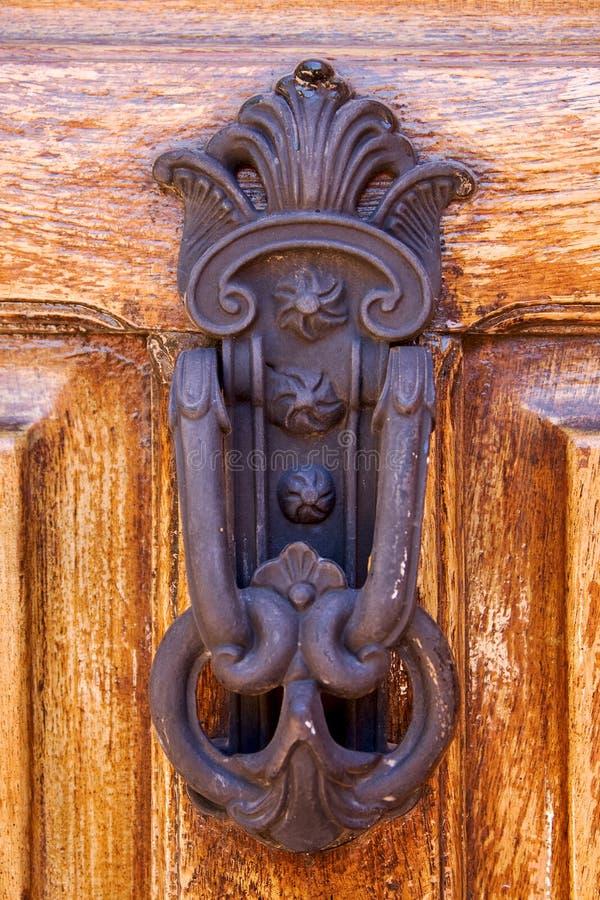 knocker in door closed la boca stock photos