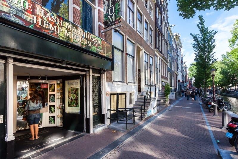 Knoeiboel, Marihuana & Hennepmuseum in Amsterdam stock foto's
