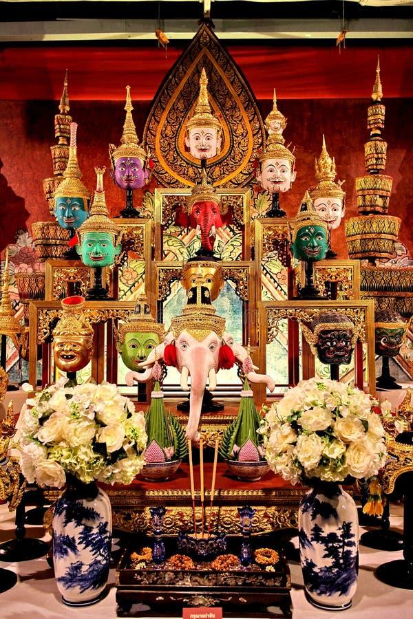 knone戏曲或芭蕾,执行由戴着面具的舞蹈家,泰国文化 免版税库存照片