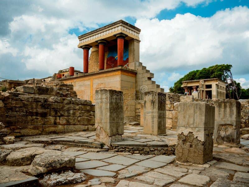 Knossos (Minotaur的迷宫宫殿的废墟)在克利特 免版税库存图片