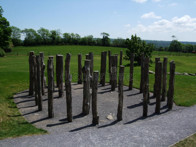 Knowthhout henge of houtcirkel royalty-vrije stock afbeelding