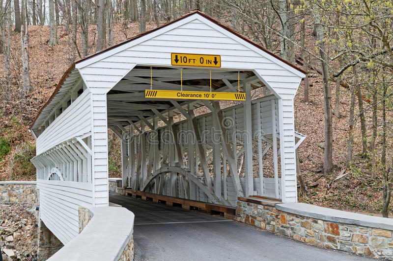 Knox Covered Bridge en parc de forge de vallée photo libre de droits