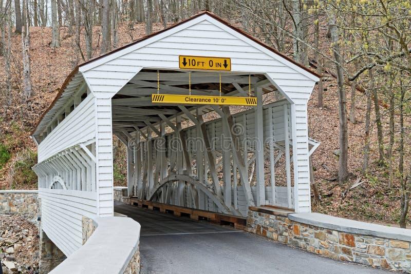 Knox Covered Bridge im Tal-Schmiede-Park lizenzfreies stockfoto