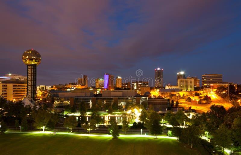 Knoxville alla notte fotografia stock