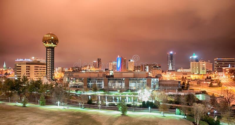 Knoxville Tennessee alla notte immagine stock libera da diritti