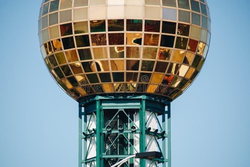 Knoxvilletoren, Sunsphere op een zonnige dag royalty-vrije stock foto's