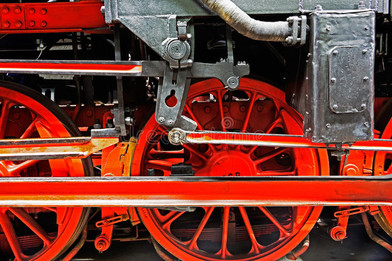 Koła lokomotywa na poręczach zdjęcie stock