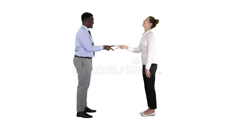 Kołysa, tapetuje, nożyce gemowa kobieta jest opóźniony na białym tle zdjęcia stock
