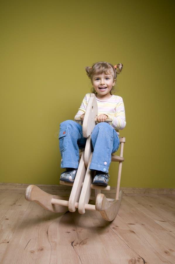 koń dziewczyny krzesła rocka zdjęcia stock