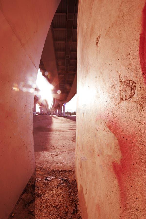 końcówka eskalatoru horyzontalny światła tunel zdjęcie stock