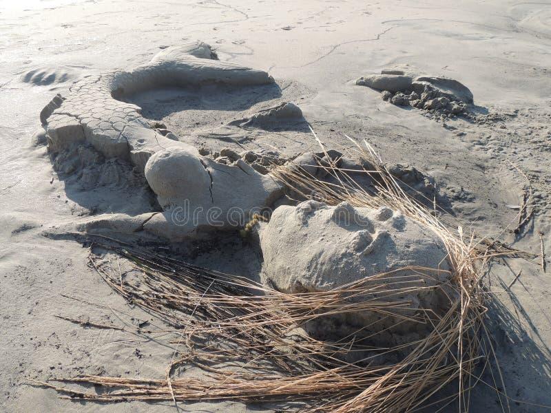 Końcówka wakacje - syrenka piaska rzeźba zdjęcia stock