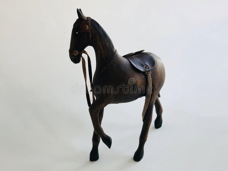 Końska lala rzeźbiąca na białym tle obrazy royalty free