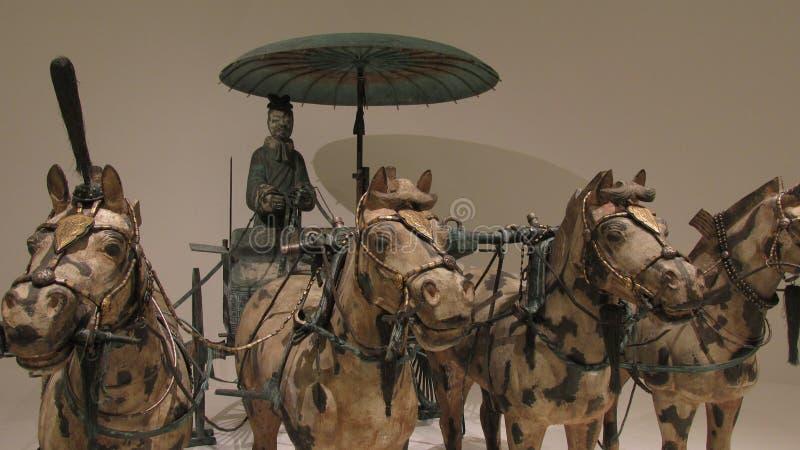 Koński rydwan robić w brązie z złota i srebra dekoracją zdjęcia stock