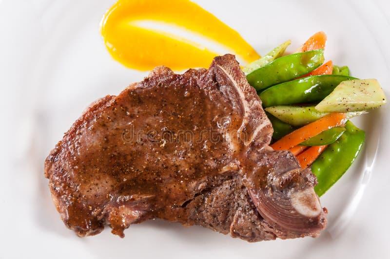kość grillowany stek t zdjęcia royalty free