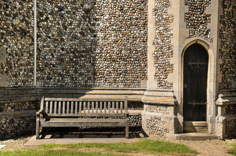 Kościół, ławka & Drzwiowy szczegół, fotografia stock