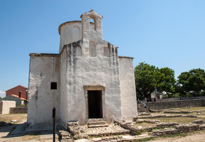 Kościół Święty krzyż jest Chorwackim przedromańskim kościół katolickim zapoczątkowywa od 9th wieka w Nin obrazy royalty free