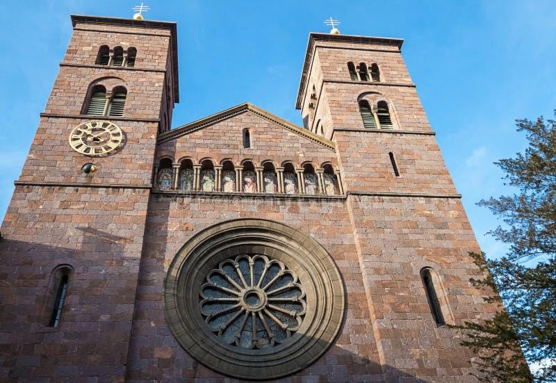 Download Kościół Święty serce obraz stock. Obraz złożonej z mozaika - 28950667