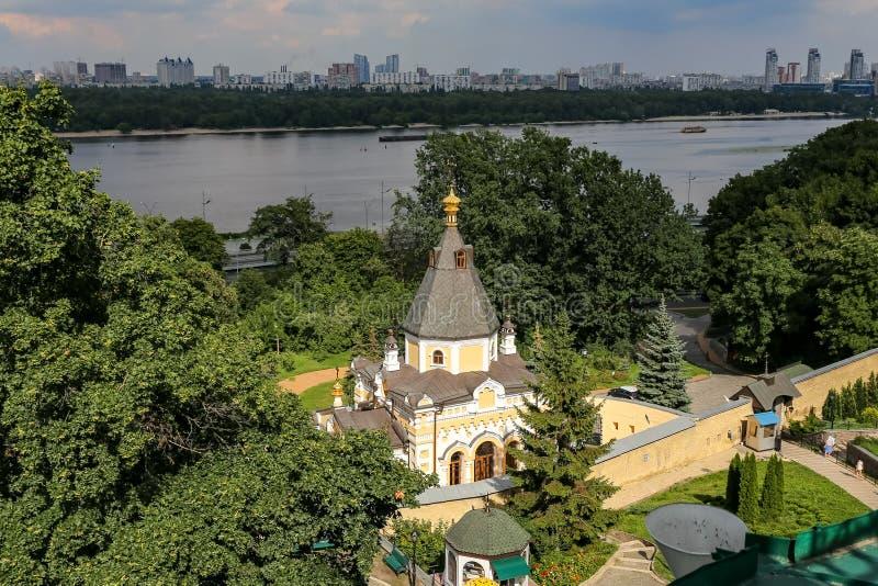 Kościół życie daje źródłu w Kijów, Ukraina zdjęcia stock