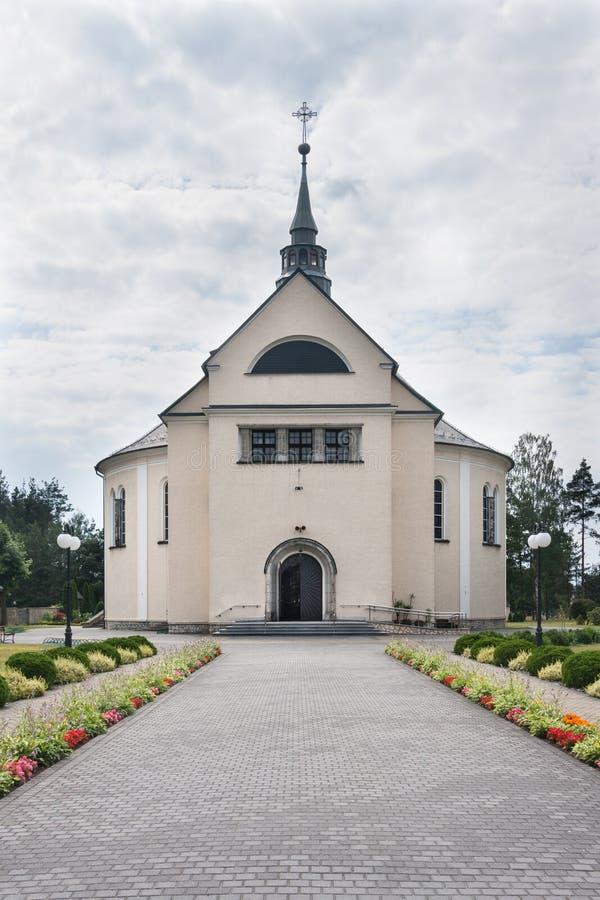 Kościół dedykujący Niepokalany serce Mary w mieście Kolonowskie fotografia stock