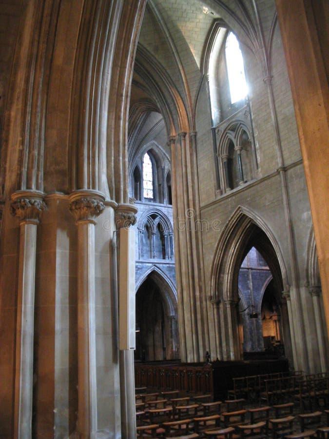 Download Kościół gothic wnętrze obraz stock. Obraz złożonej z salowy - 26773