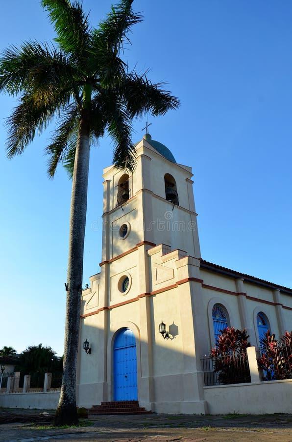 Kościół i główny plac w Vinales zdjęcia royalty free