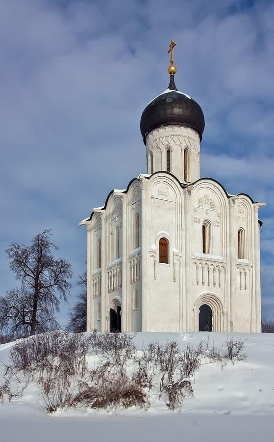 Download Kościół Intercesja Na Nerl, Rosja Obraz Stock - Obraz złożonej z śnieg, średniowieczny: 28954953