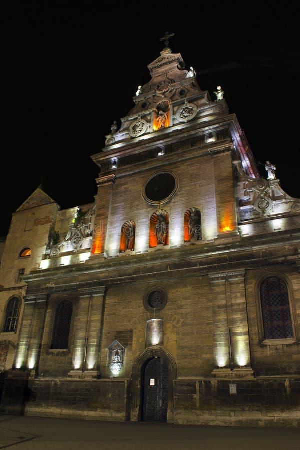 kościół katolicki noc widok zdjęcia stock