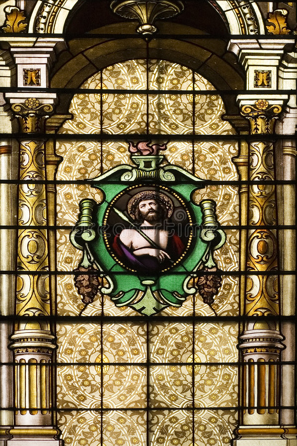 kościół katolickich pobrudzeni okno obraz stock