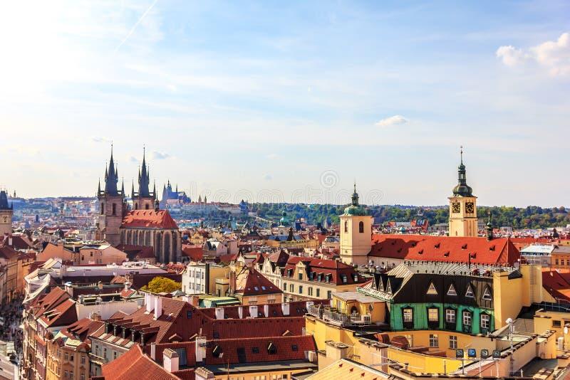 Kościół Nasz dama przed Tyn i Stary miasteczko Praga antena zdjęcie stock