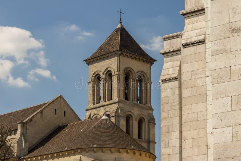 Kościół obok bazyliki Sacre Coeur obraz stock