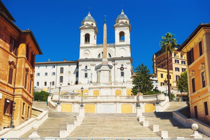 Kościół Trinita i hiszpańszczyzna kroki zdjęcie stock