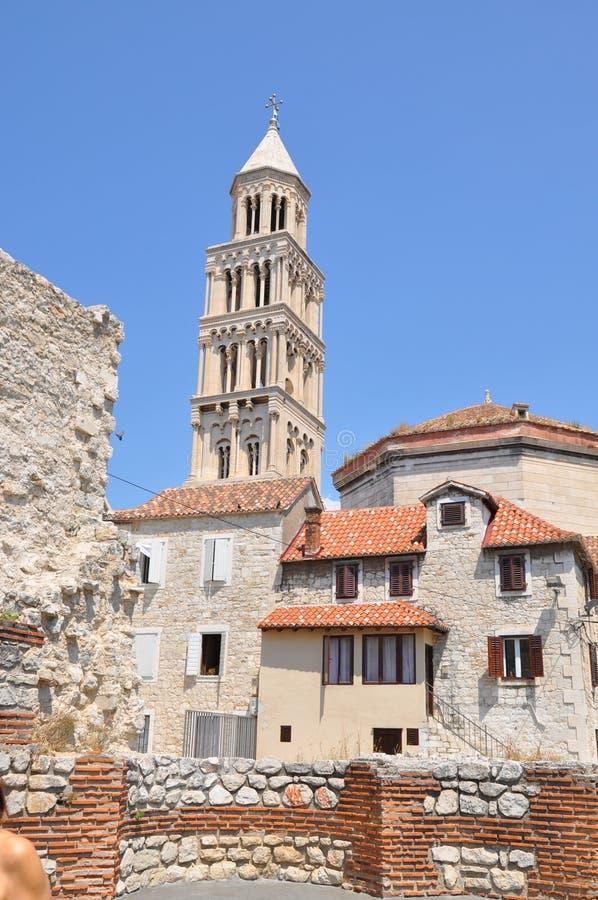 Kościół w Chorwacja, rozłam zdjęcia royalty free