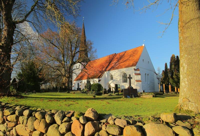 Kościół w Ordynarnym Bisdorf, Mecklenburg-Vorpommern, Niemcy fotografia royalty free
