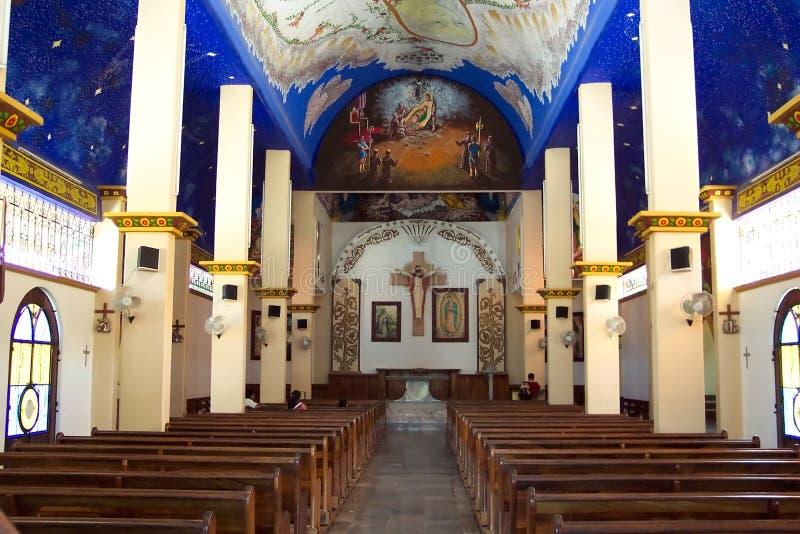 Download Kościół Wewnętrznych Crucecita Los Angeles Obraz Stock - Obraz złożonej z błękitny, meksyk: 34107