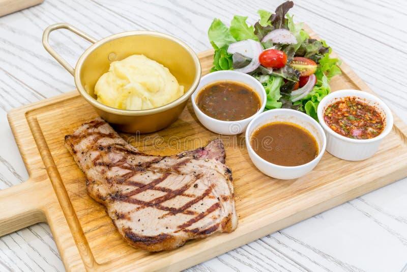 kości wołowiny stek zdjęcie stock