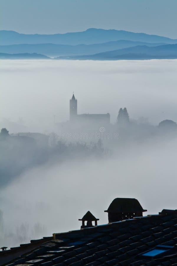 kościelna mgła obraz royalty free