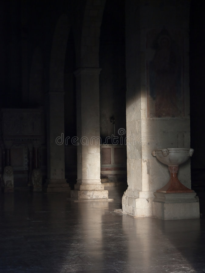 kościelna wnętrza światła depresja obraz stock