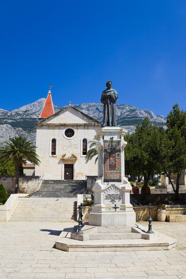 kościelnego Croatia makarska stara statua zdjęcie stock