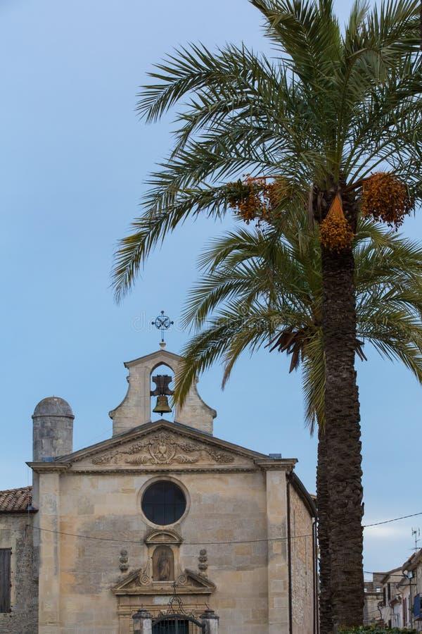 Kościelni aigues mortes zdjęcia royalty free