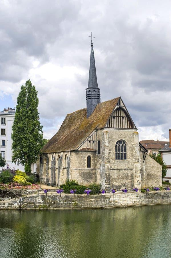 kościelni rzeczni sens Yonne zdjęcia royalty free