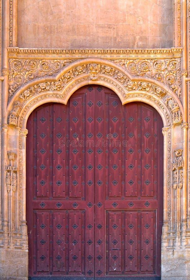 kościelny drzwiowy stary drewniany zdjęcie stock